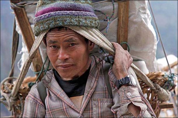 The Denisovans influenced not only Aboriginal people (up), but also modern Tibetans (bottom). Pictures: Steve Evans, Dr. Ruediger Wenzel