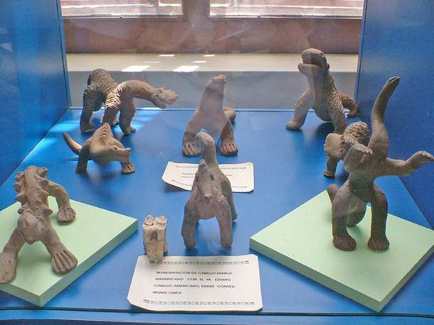 The Acámbaro figures: several thousand small ceramic figurines were allegedly found by Waldemar Julsrud in July 1944, in the Mexican city of Acámbaro, Guanajuato.