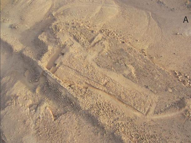 Aerial photograph of the ritual platform and niches at Dûmat al-Jandal in northern Saudi Arabia. (©Mission archéologique de Dûmat al-Handal / Antiquity Publications Ltd)
