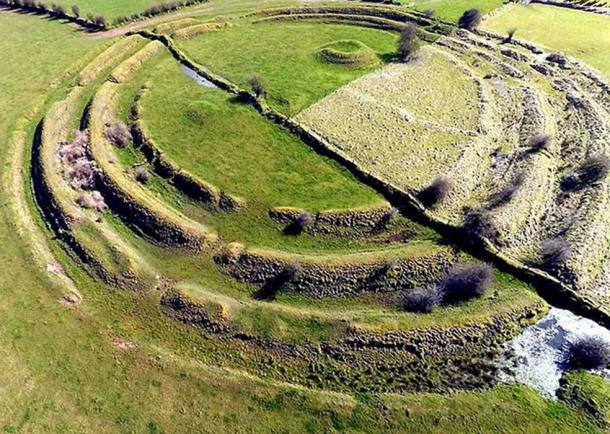 Aerial photograph of the Multivallate Ringfort at Rathrá, Co Roscommon, Ireland. (West Lothian Archaeological Trust