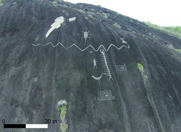 Aerial photograph of monumental Cerro Pintado petroglyphs with enhanced image overlay.