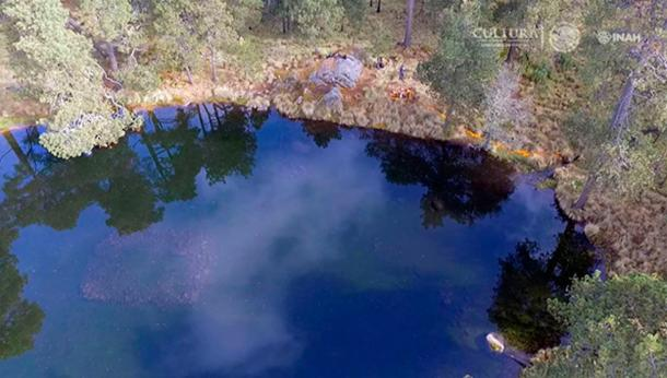 Aerial view of the lake at Nahualac, Iztaccíhuatl, thought to represent the universe. Source: Isaac Gómez, courtesy of Archaeological Project Nahualac,