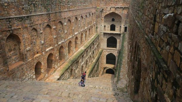 Agrasen Ki Baoli, New Delhi -10th century step-well that's said to be haunted. (Terrazzo / CC BY-SA 2.0)