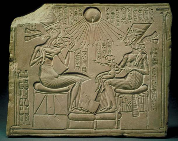 Akhenaten, Nefertiti, and the Royal Princesses blessed by the Aten (solar disc)