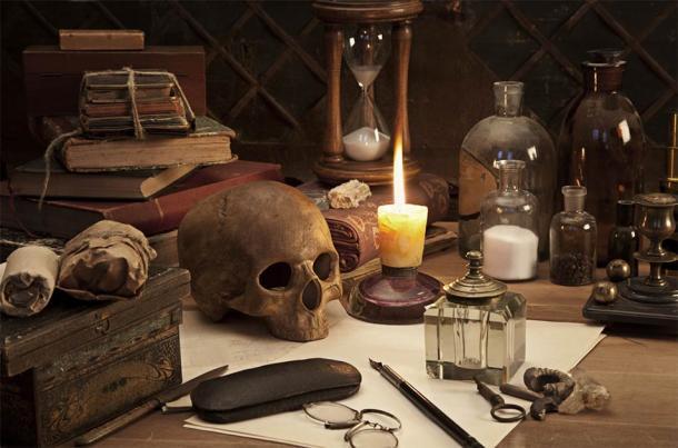 Alchemy still life (Alexey Kuznetsov / Adobe Stock)