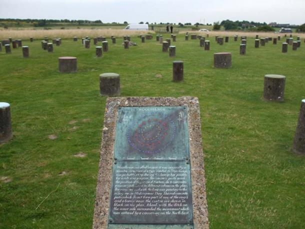 Alternative Woodhenge site with short posts to represent the original exists near Stonehenge in Wiltshire, UK.