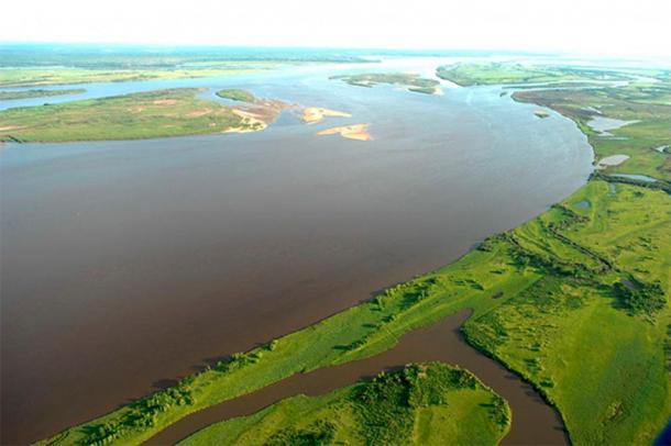Amur River. (Image: Khabarovsk Region Administration, @sergeyiss / The Siberian Times)