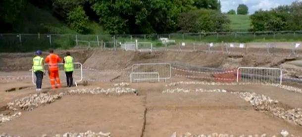 An ancient Roman settlement dating to 43 AD has been unearthed in Kent spanning over 18 acres. (Daily Mail / YouTube Screenshot)