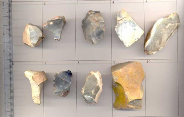 An assortment of flint tools of various dates during the prehistoric period. (CC BY-SA 2.0)