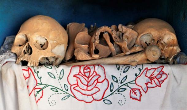 Ancestors' remains are displayed on the Day of the Dead. (©georgefery.com)