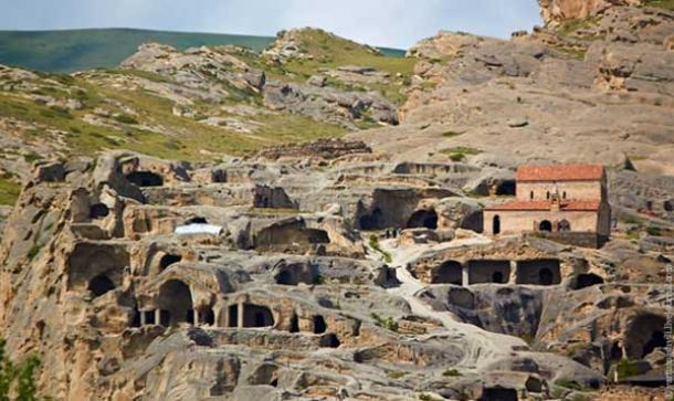 Las cuevas antigua de Uplistsikhe, Fortaleza del Señor