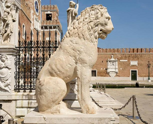Ancient Greek Lion at the Arsenale in Venice.  (Didier Descouens / CC BY-SA 4.0)