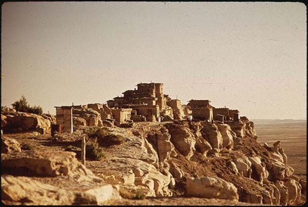 Ancient Hopi village of Wolpi. (Public Domain)
