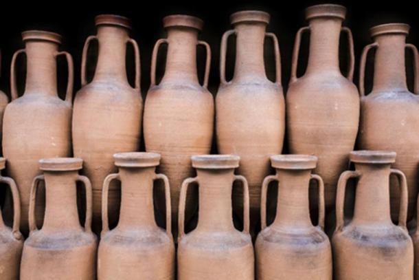 Ancient Roman amphorae. (Juan Aunión /Adobe Stock)