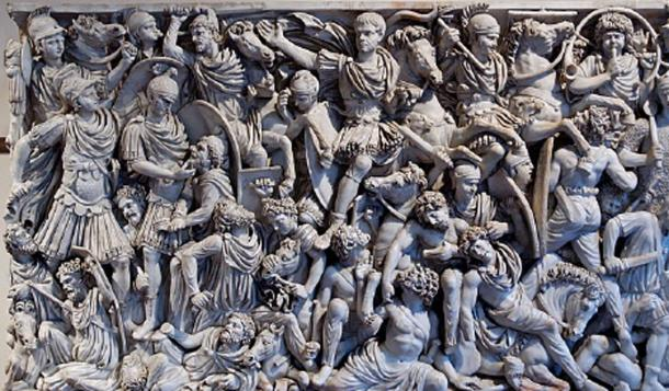 Ancient Roman sarcophagus for the elite were ornately decorated – this one shows a battle scene between Roman soldiers and Germans. (Jastrow / Public Domain)