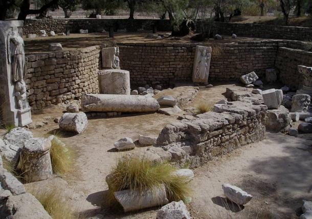 Ancient ruins in Ashkelon national park, Israel