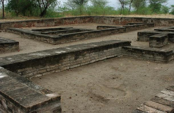 Ancient structures, wells, docks, walls, pottery, tools, and an acropolis have been excavated at the archaeological site of Lothal, in Gujarat, India. Researchers hope to find this level of discovery along the Zuari River near Goa.