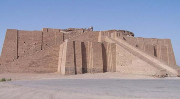 Ancient ziggurat designed to house the gods of Mesopotamia. (GDK / CC BY-SA 3.0)