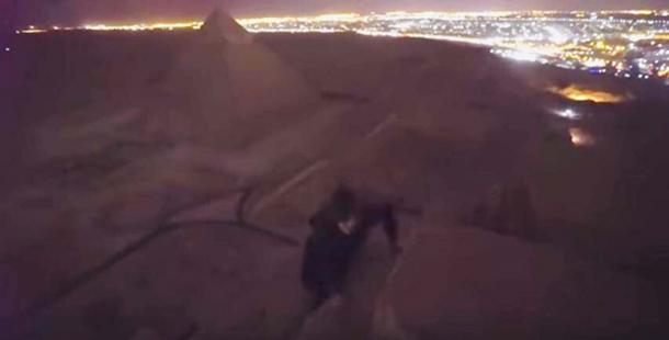 Andreas Hvid and friend allegedly on climbing the Great Pyramid at Giza (Youtube Screenshot)