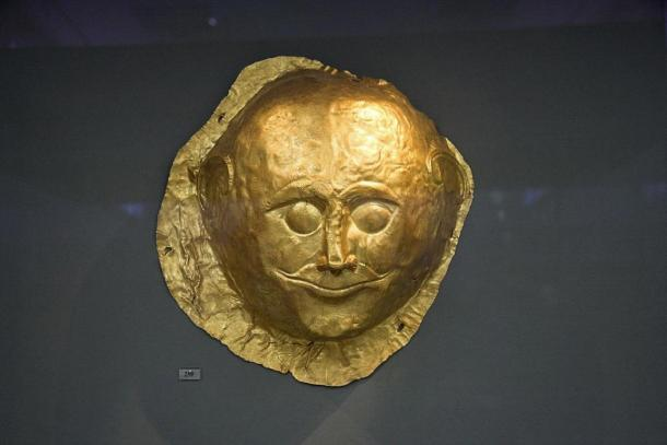 Another golden Mycenaean death Mask (1650 BC) Discovered by Heinrich Schliemann. National Archaeological Museum, Athens (CC BY-SA 3.0)