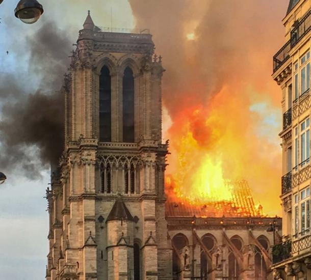 April 2019 a fire broke out at Notre Dame de Paris and much of the building's roof and spire were destroyed. (Ralf Roletschek / CC BY-SA 4.0)