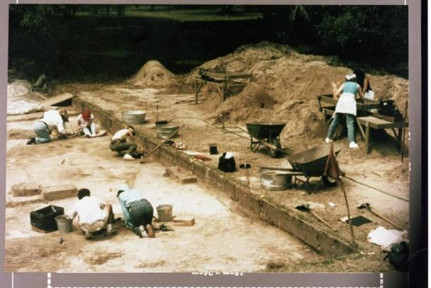 Archaeologist teams from The South Carolina Institute of Archaeology and Anthropology excavate the site of Santa Elena, a 16th century Spanish settlement, on the Parris Island Marine Corps Golf Course from 1979 to 1985.