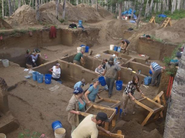 Archaeologists in Alaska found the remains of tiny prehistoric children, the earliest of northern North America.
