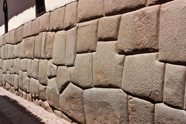 Archaeologists still argue as to how the precise stonework found in places such as Cusco in Peru was achieved. (CC BY 2.0)