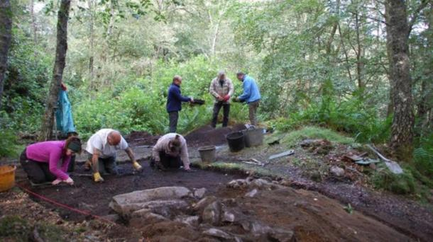 Archaeologists at King's Seat Hillfort last year. (Perth and Kinross Heritage Trust)