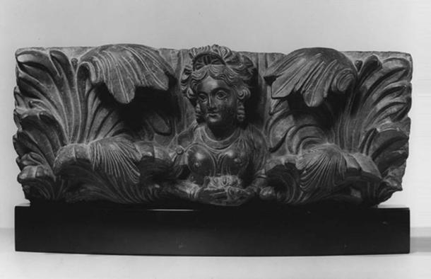 Architectural fragment figure, likely a yakshi or female nature spirit, c. 2nd century (Kushan).