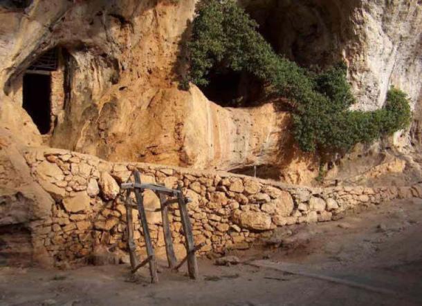 Arene Candide cave, Liguria, Italy. (Dimore Storiche Italiane)