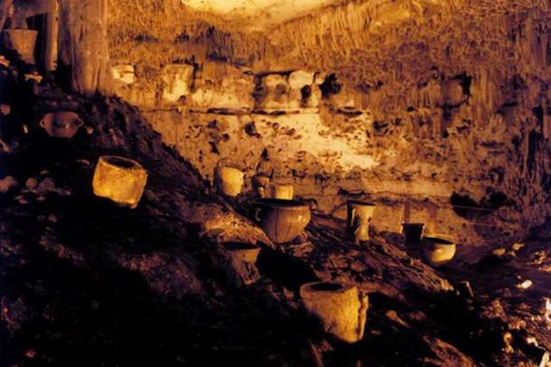 Artifacts inside Balankanché Cavern.