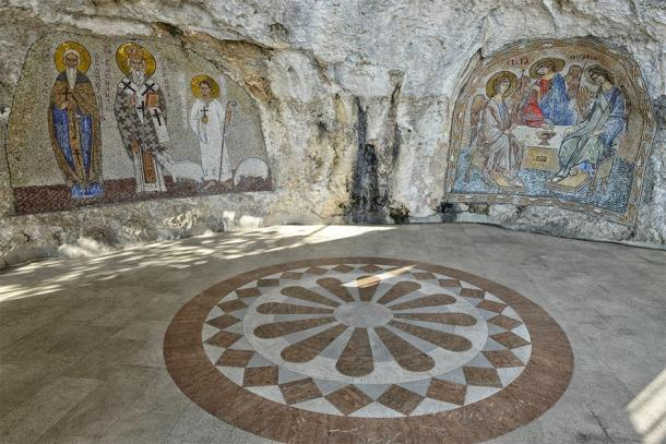 Artwork within the Monastery of Ostrog (Oscar Espinosa/ Adobe Stock)