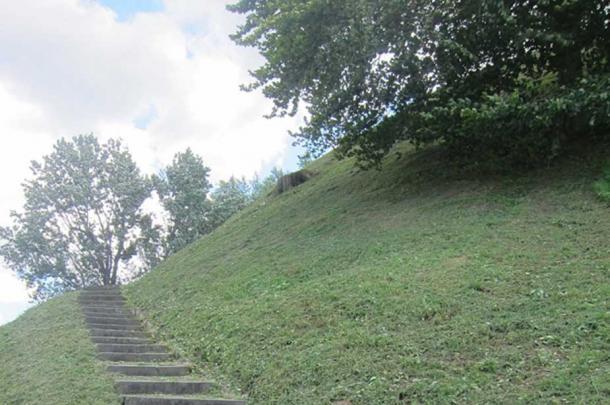 Ascending Grave Creek Mound, 2011.