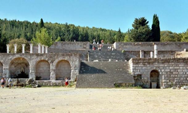 Asklepieion on Kos where Hippocrates studied medicine. (Rmrfstar / CC BY-SA 3.0)