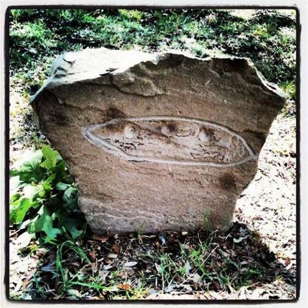 Photo of the Aurora UFO alien grave marker. (City of Aurora)