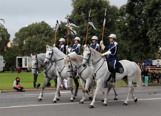 Australian mounted police. (Jenny Scott / CC BY-NC 2.0)