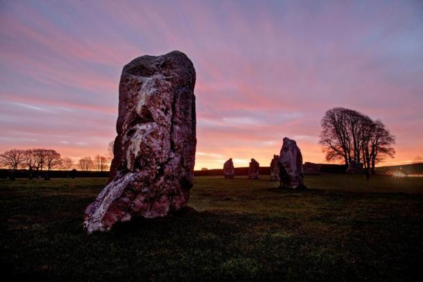 Avebury Stone Circle and Henge at sunrise, Wiltshire (Gail Johnson / Fotolia)