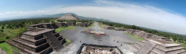 'Avenue of the Dead' at Teotihuacan – panorama from the Pyramid of the Moon.