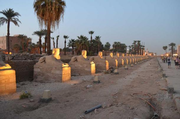 The Avenue of the Sphinxes (Daniel & Kate / flickr)