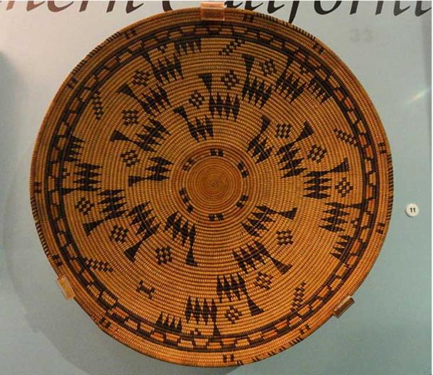 Basketry tray, Chumash, Santa Barbara Mission, early 1800s.