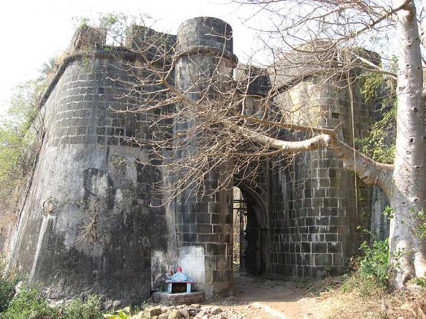 Bassein Fort entrance
