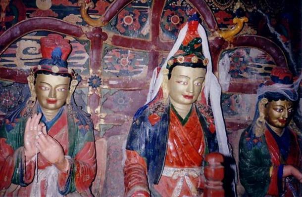 From left to right: Bhrikuti Devi, Songtsän Gampo, and Wen Cheng, Gyantse.