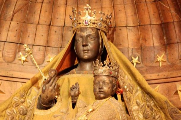 Black Madonna of Chartres.