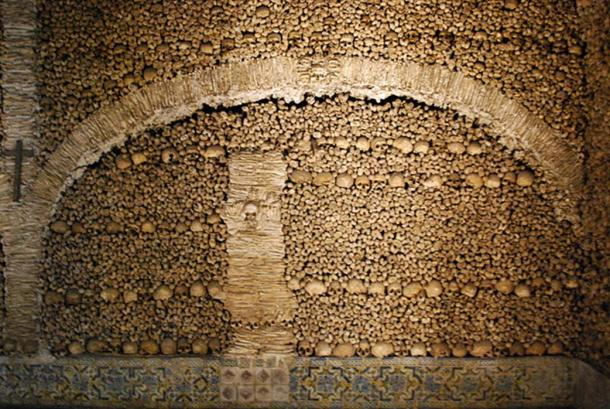 Bones and skulls were placed in different patterns by the monks