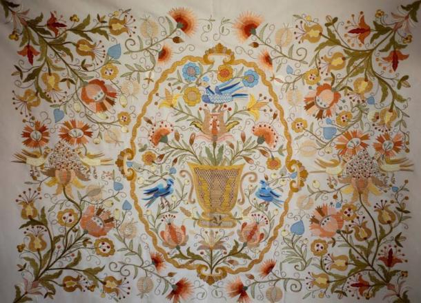Bordado de Castelo Branco Lusitania Tradition.