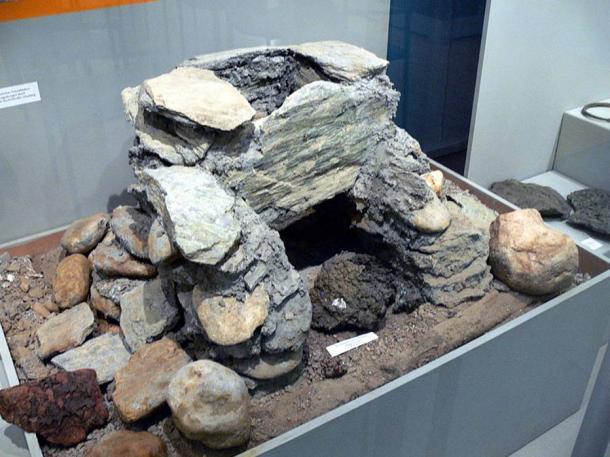 Reconstruction of a Bronze Age furnace, Salzburg.
