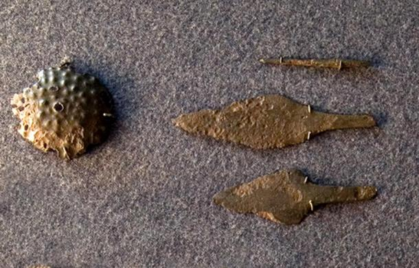 Bronze artifacts belonging to the Yamnaya culture