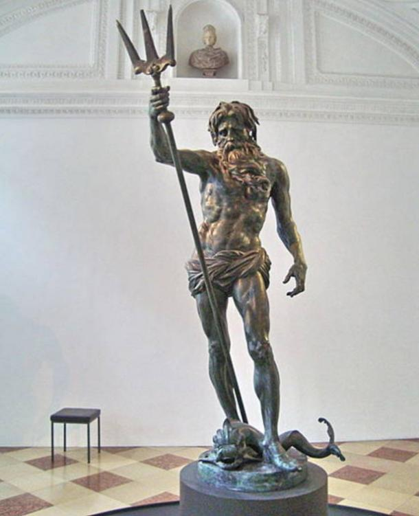 Bronze statue of Poseidon, which may be similar to the one reportedly seen at Helike