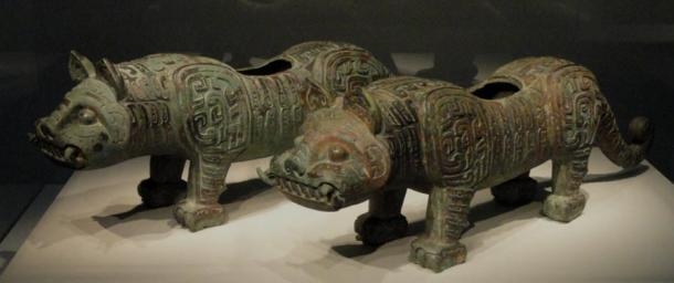 Fittings in the form of bronze tigers from the Middle Zhou Dynasty of about 900 BC (Photo by Daderot/Wikimedia Commons)